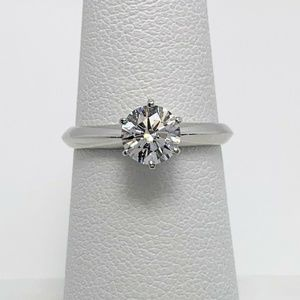 Tiffany & Co D VVS2 Diamond Plat. Engagement Ring